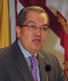 Excmo. Sr. D. Fernando Carrillo